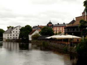"""more fyris river. the sharpeyed recognizes the bishop's house from the Ingmar Bergman movie """"Fanny and Alexander"""""""